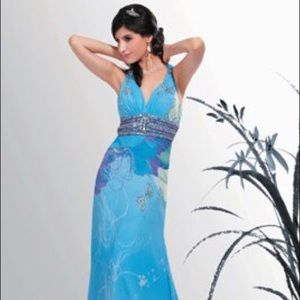 Dresses & Skirts - Designer sz 14 prom gown w matching bow tie NWT